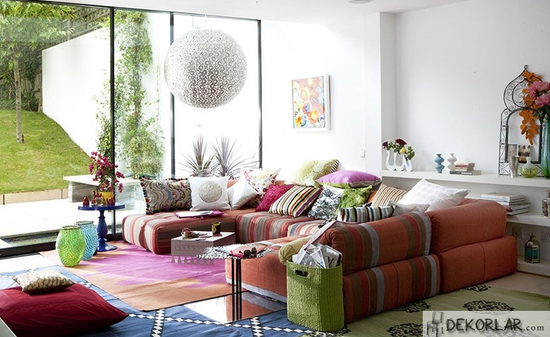Renkli Ferah Oturma Odası