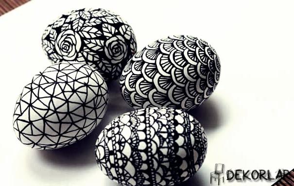 Siyah Beyaz Desenli Yumurta - 1